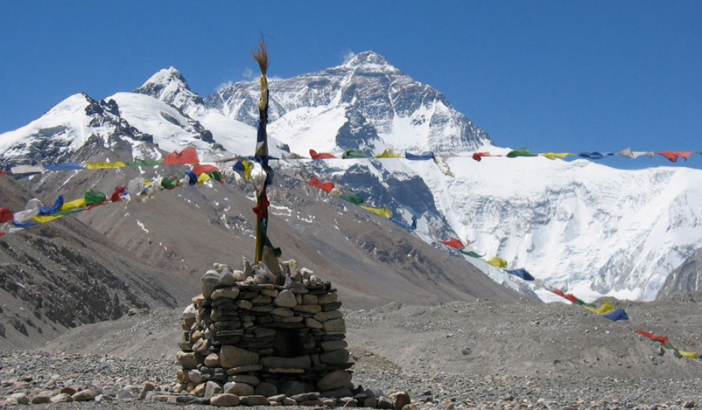 kathmandu-to-lhasa-tour-via-everest-base-camp2